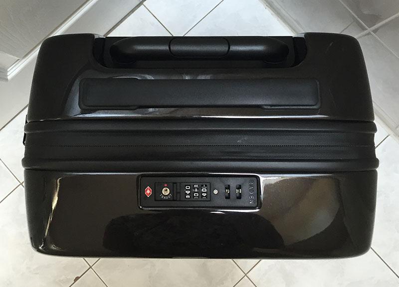 Raden Luggage Plugin USB