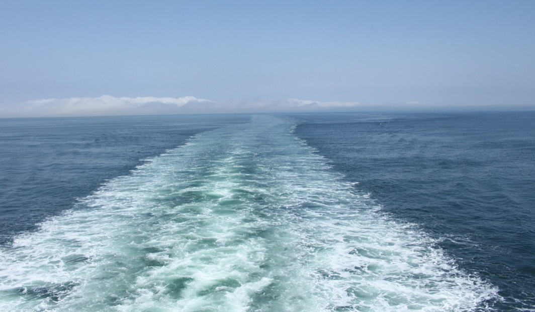 cruise ship waves